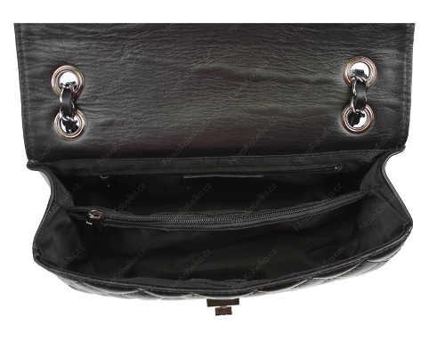 Černá kožená kabelka s vnitřní kapsou na zip