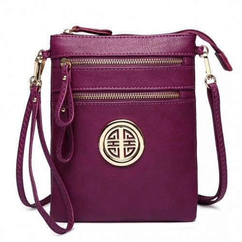 Pohodlná malá fialová crossbody kabelka s odnámatelným popruhem