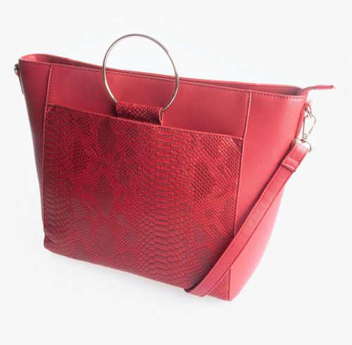 Velká červená kabelka z umělé kůže