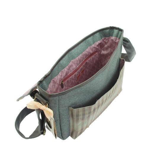Praktická taška přes rameno s nastavitelným popruhem