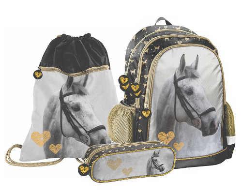 Školní set s motivem hlavy koně