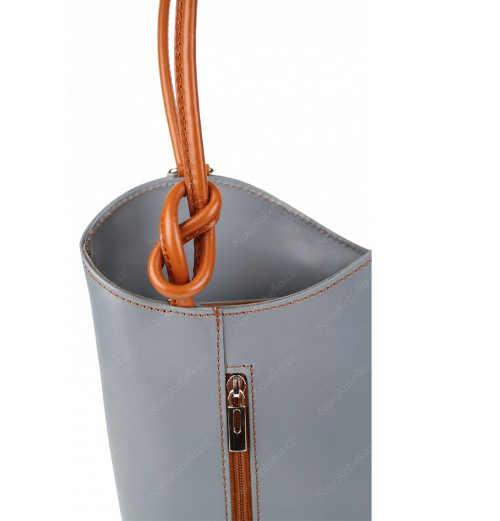 Stylová a praktická kabelka z kůže