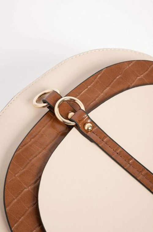 praktická malá kabelka v nadčasovém designu