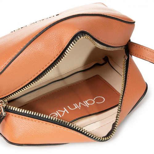 Kožená dámská kabelka Calvin Klein sleva