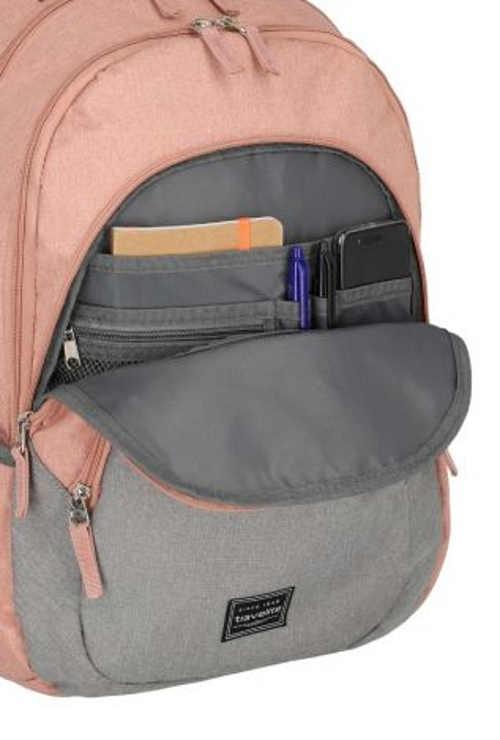 Růžový dámský sportovní batoh s praktickým vnitřním upořádáním