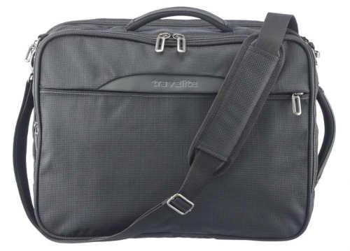 Cestovní taška s dvěma vyztuženými uchy