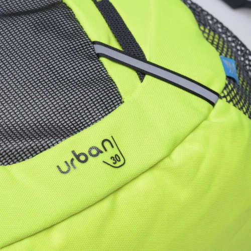 Zelený městský batoh s přihrádkou na notebook